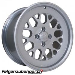 fifteen52 Formula TR 9X16